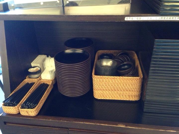 朝食バイキング トレーお箸コーナー