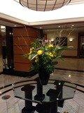 ロビーの大型花瓶