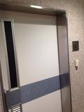 ロビーの身障者トイレ