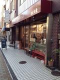 朝食会場のカフェ