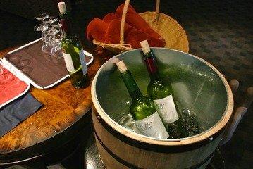 低価格ながらオールインクルーシブでくつろげるリゾートホテル  無料のワインサービス