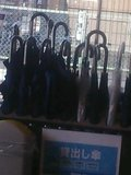 1F入口のレンタル傘
