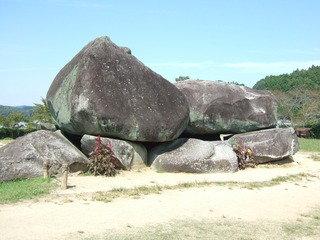 明日村の観光地である石舞台古墳です。