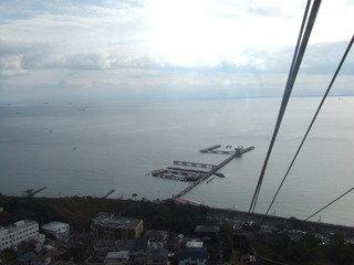 写真クチコミ:須磨山上遊園のロープウェイから見る須磨の海です。
