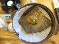 朝食には岐阜名物の朴葉味噌もありました。