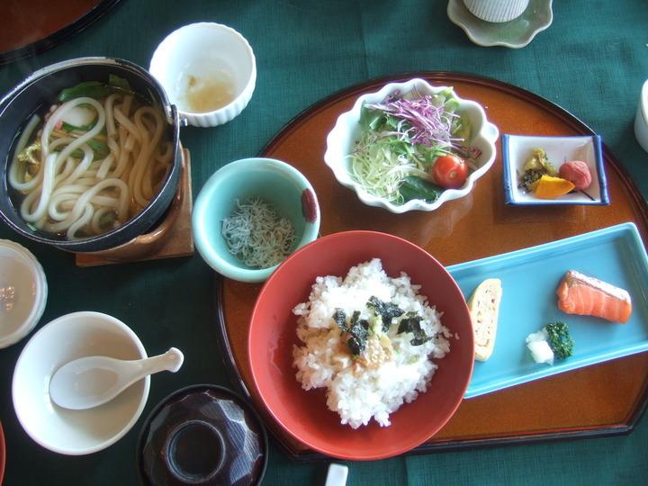 朝食は和定食でした。