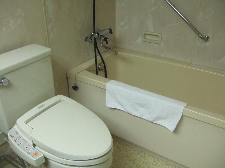 客室のバストイレです。