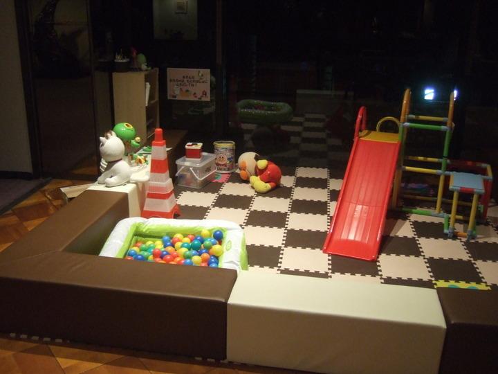 子供用のプレイコーナーもありました。