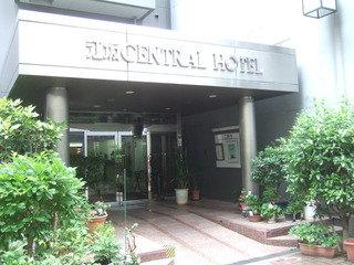 江坂駅の近くの手頃なビジネスホテル