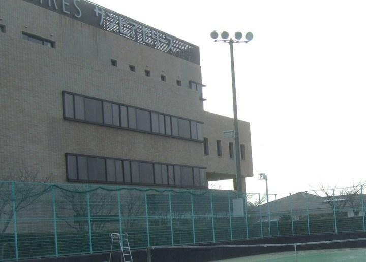 スポーツ施設も充実した、規模の大きな洒落たホテルです。