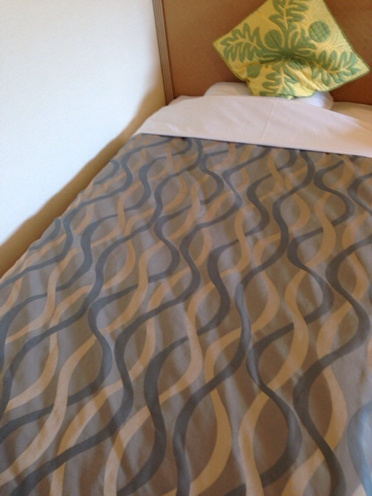 モノリスタワー客室ベッド