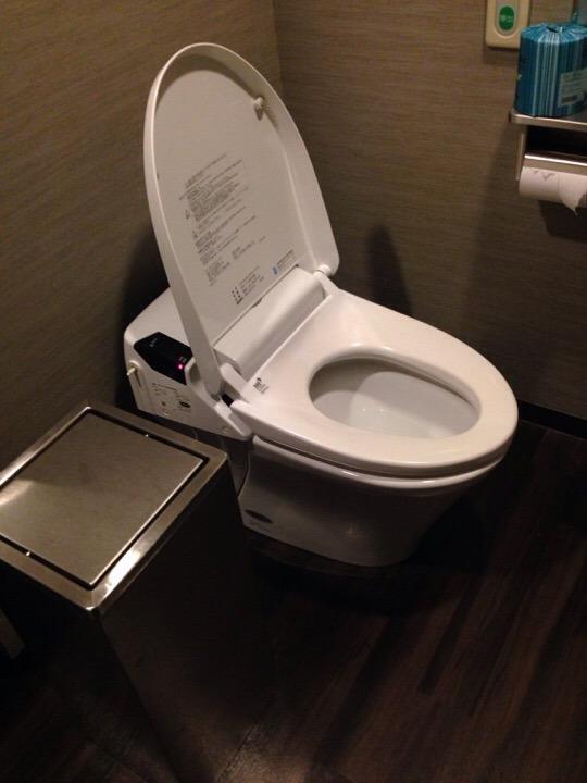 モノリスタワーすみの湯トイレ