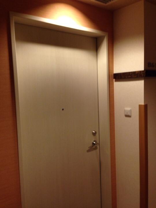 モノリスタワー客室ドア
