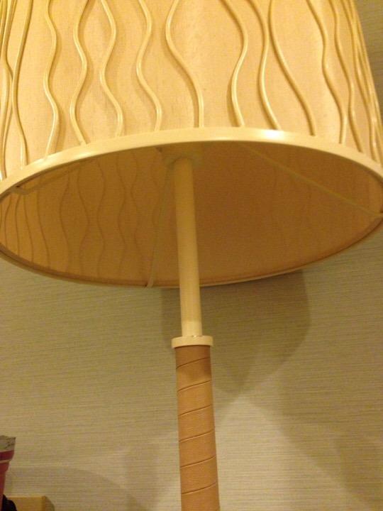 モノリスタワー客室傘電灯
