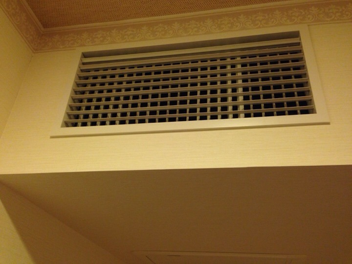 モノリスタワー客室エアコン吹き出し口
