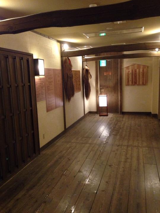 江戸情話夜市 男性浴室への廊下