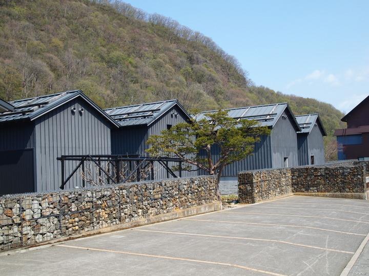 朝里川温泉小樽旅亭藏群の駐車場