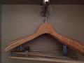 木製ハンガー