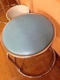 脱衣所丸椅子