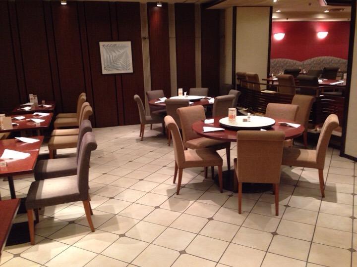 中華レストランテーブル