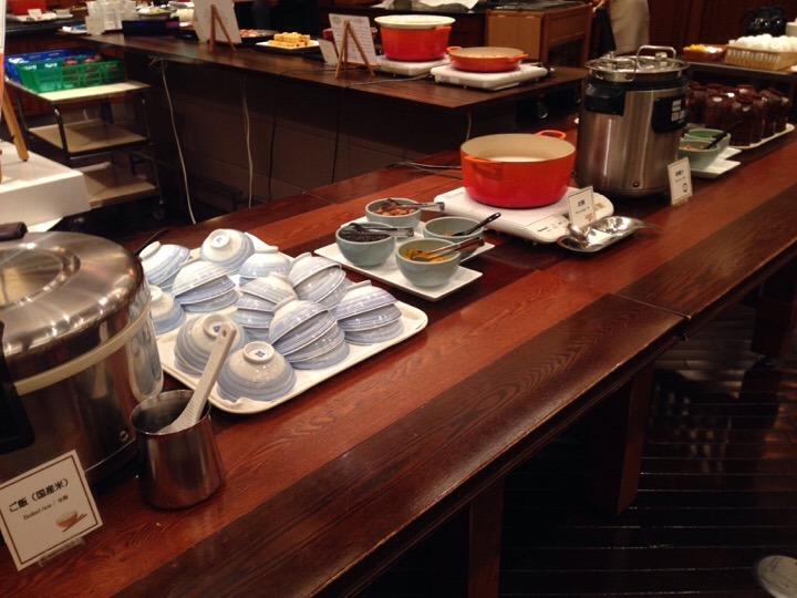 朝食バイキング 御飯味噌汁コーナー