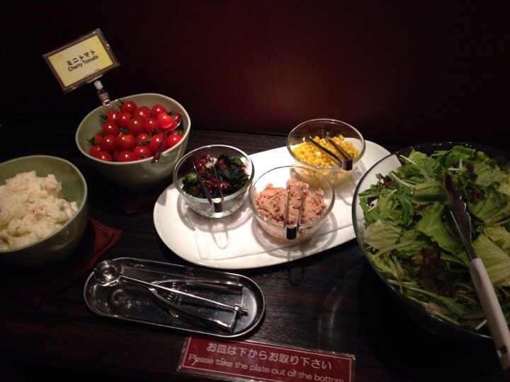 朝食バイキング サラダコーナー