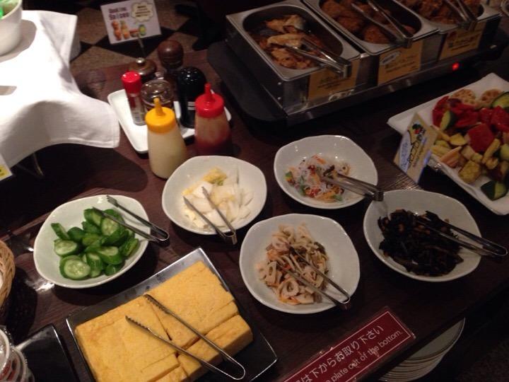 朝食バイキング 惣菜コーナー