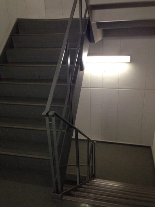 客室フロア非常階段