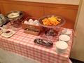朝食バイキング フルーツとヨーグルト