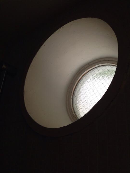 ウィルポート客室 船のような丸窓
