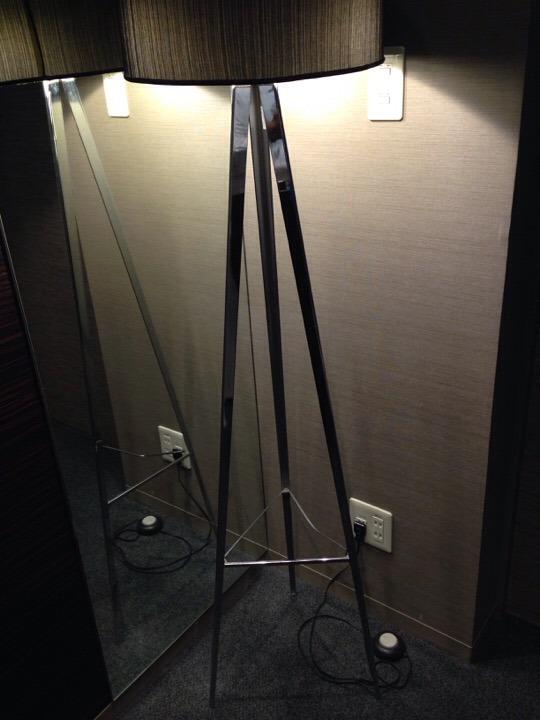 廊下のダウンライト