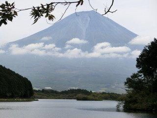 写真クチコミ:休暇村施設内のテラスから正面に富士山がくっきり見えます