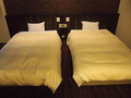 綺麗で大きめなベッドで安眠♪