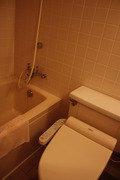 アネックス棟フォースルーム バストイレ2