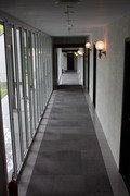 廊下も落ち着いた雰囲気。