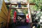 敷地内にある玉簾神社
