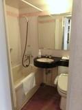 部屋のお風呂とトイレ