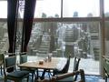 窓際の席&窓の外の景色