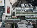 トイレの窓から見えた新宿駅