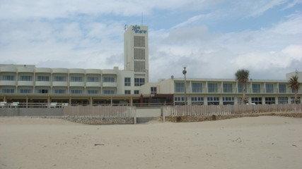 イーフビーチに建つホテル