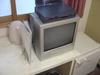 テレビは小さめでした