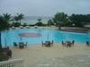 リゾートプールで泳ぎたい