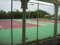 テニスコートもありました