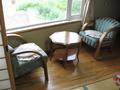 お部屋のテーブルと椅子