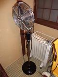 花小宿の浴室・バリアフリーのお風呂の脱衣所の扇風機とヒーター