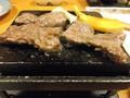 石焼き牛を焼いているところです。