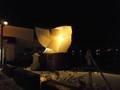 夜のシロクマ