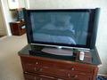 大きなテレビが2台