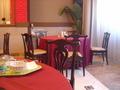 円卓のレストラン