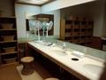 内湯の洗面台